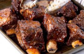 Slow Cooker BBQ Short Rib